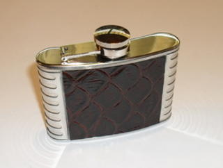 Hip Flask Polished Chrome with Faux Crocodile Skin Centre Panel 4oz
