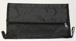 Basic Toilet Bag Black Check