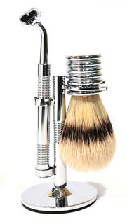 Comoy 3025  Bristle Shaving Set Chrome (Gillette Mach 3 Blade)
