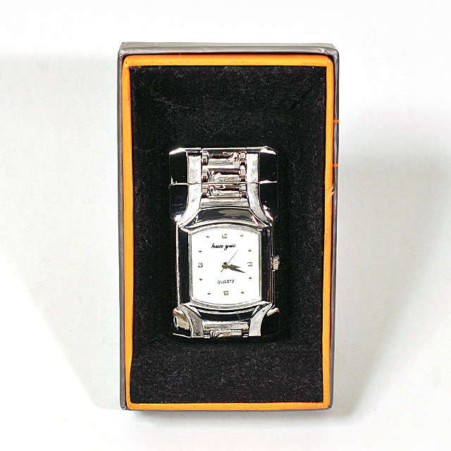 Gas Lighter Hua Yue Brand Single Jet - High Polish Analogue Watch