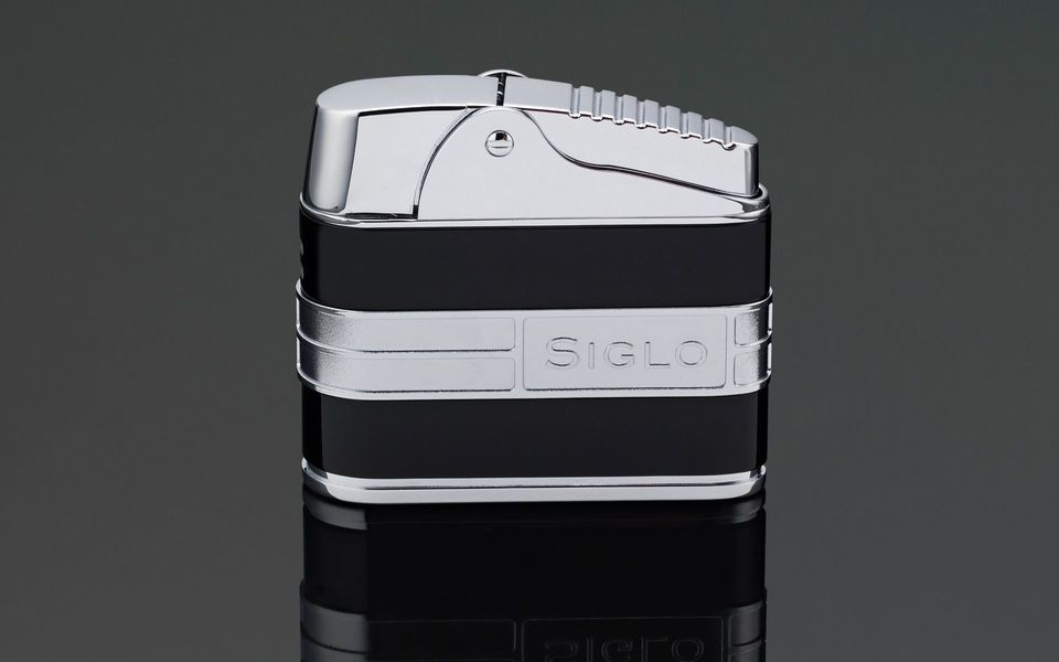 Siglo Retro Streamliner Table Lighter - Shiny Black