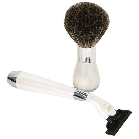 Comoy 2-Piece Box Set Bristle Brush, Mach 3 Razor - White/Chrome